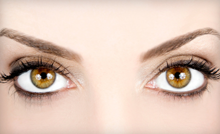 $20 for a Full-Face Threading at M&M Thread Salon in Berkeley ($40 Value)