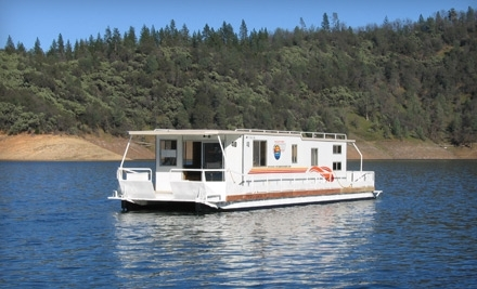 Seven-Night Stay in Executive Houseboat on Shasta Lake from Silverthorn Resort in Redding ($2,990 Value)