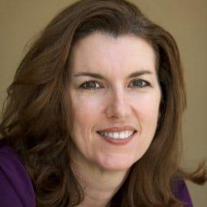 Julie Landry Laviolette headshot
