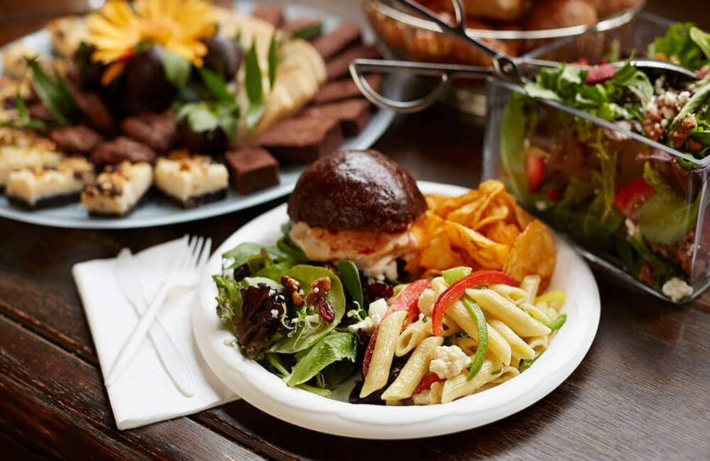 3 Benefits of Offering Restaurant Catering Services